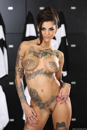 как зовут порно звезду в татуировках
